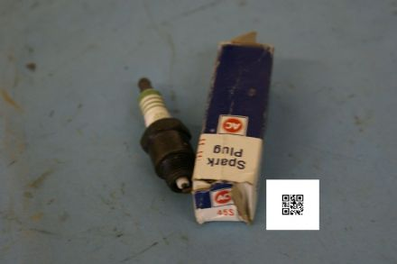 1967-1968 Chevrolet Impala, Caprice, Bel Air, AC Delco Spark Plug, R45S, New In Box